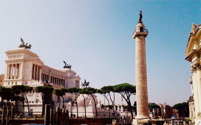 159440491003202 Piazza Vanezia.jpg