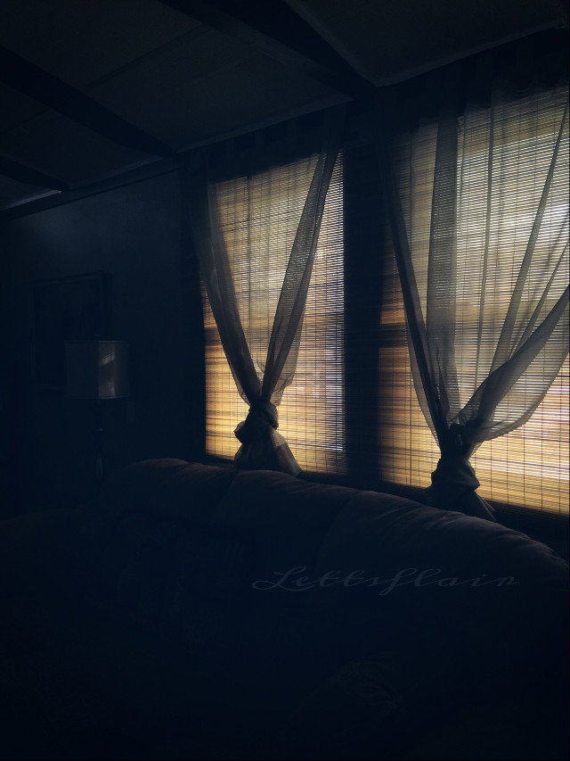 Soft light, cozy, and serene! #myroom #dodger #haze #window ( Thankyou @pa for using my photo in the weeks review!!!! Thankyou)
